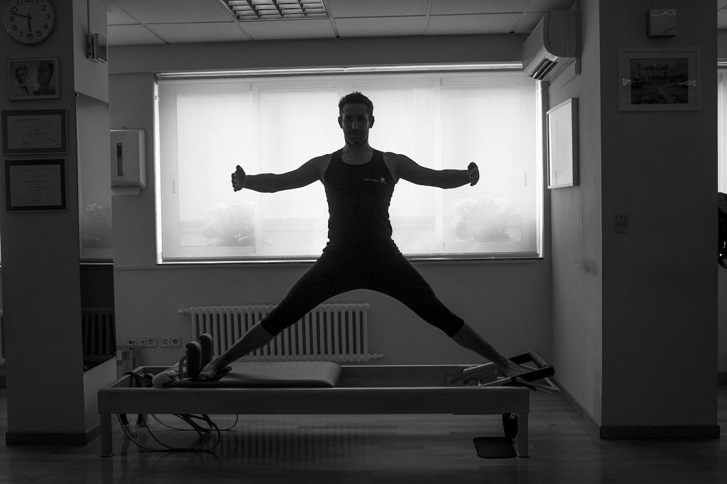Romana's Pilates Madrid feel fit carlos castillo
