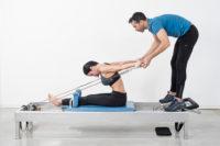 Pilates para el postparto ejercicios abdominales para recuperarse del parto con seguridad. Feel Fit Madrid